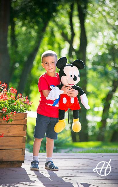 cu Miki Mouse